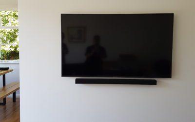 corner wall monted tv
